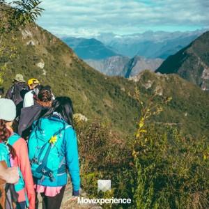 turismo-aventura-sp-trilha-caminhada-natureza-ecoturismo-atividade-sustentável-grupo