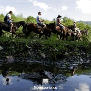 turismo-aventura-trilha-natureza-ecoturismo-atividade-sustentável-seguro-grupo-companhia-cavalgada